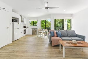 Noosa-Accommodation-Deluxe-Room (12)